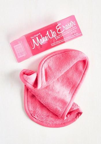 make-up eraser, washcloth, acne-prone skin